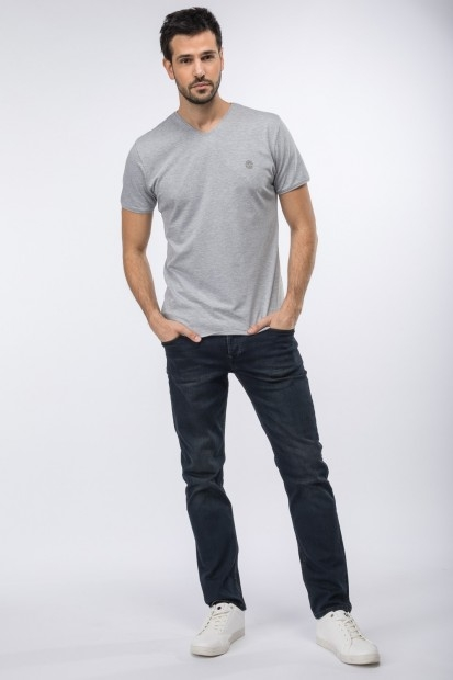 tee-shirt col V pour homme
